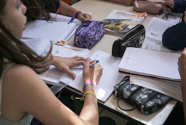 Mais tempo na escola: novas formas de ensinar e aprender
