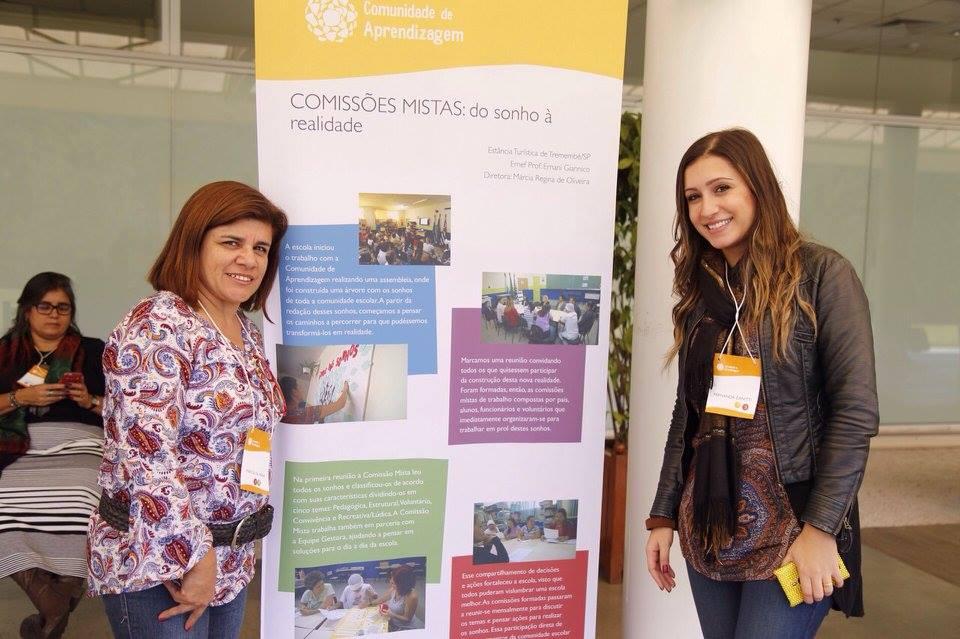 As equipes das secretarias de educação prepararam painéis com destaques da implementação do projeto em suas redes.