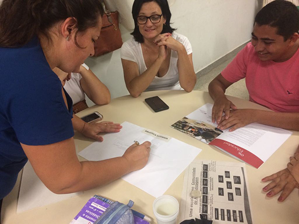 Encontro de Sensibilização na escola Zulmar Deoclecia Pintor Bernardes, em Pedreira (SP)